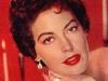 1950s-makeup-style-glamourdaze3