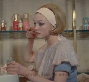 1-1960's-Makeup-base.