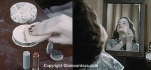 Vintage-1940s-makeup-tutorial-6---powder