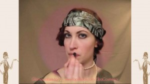 flapper-lips---a-quick-1920s-makeup-tutorial1---lip-balm