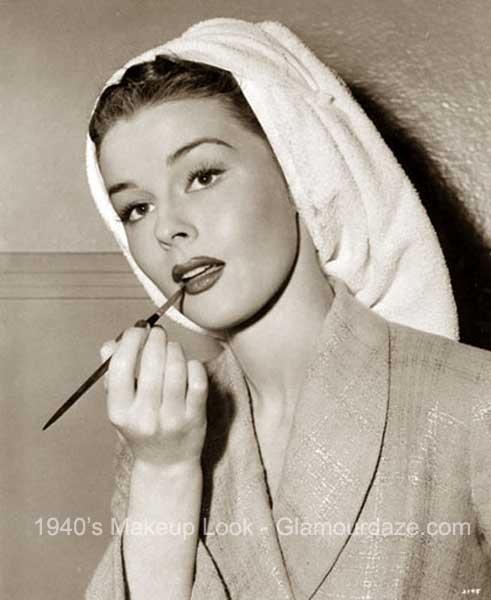 elaine-stewart-1940s-makeup