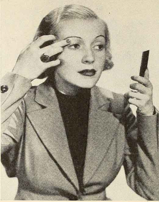 The-Secrets-of-applying-1930s-Eye-Makeup--eye-shadow
