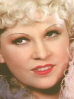 Mae-West's-Makeup-tips