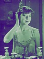 The-Flapper-Makeup-Routine---Colleen-Moore-1923