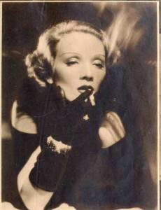 Vintage-Hollywood-Beauty---1934---Marlene-Dietrich