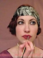 flapper-lips---a-quick-1920s-makeup-tutorial6---apply-deep1920s-shade-lipstick