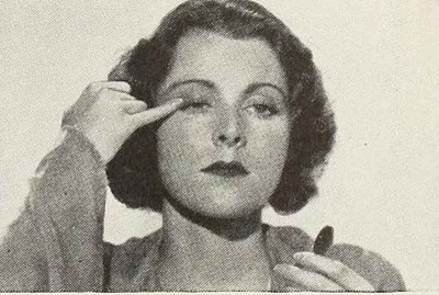 1930s-Beauty-School---Alluring-Eyes - Francis Dee