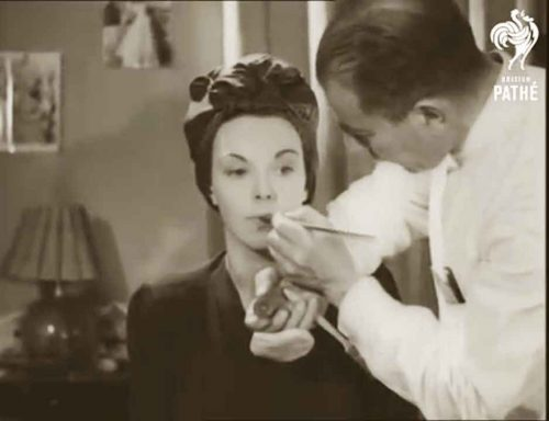 Secrets-of-Make-up-According-to-Pathe-News-1944-3