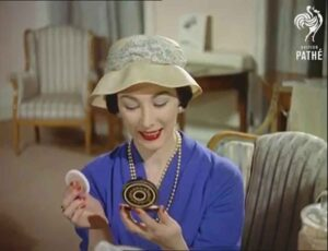 How a Powder Compact was Made - 1958